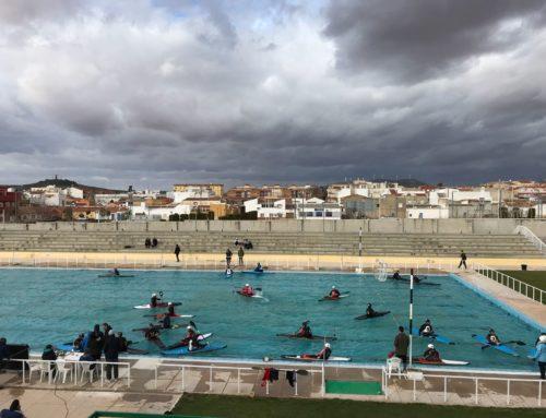 Decimoterceros en la segunda división masculina de kayak polo