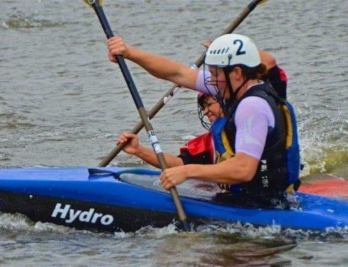 Los equipos de kayak Polo en el Europeo de Nottinghan